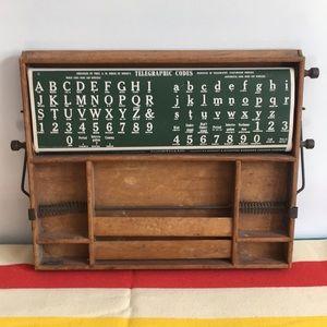 Vintage Scrolling Lesson Desktop